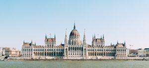 Üdvözöljük Magyarországon: Welcome to Hungary